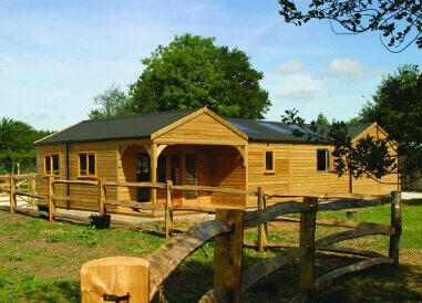 cheltenham-gold-stables (4)
