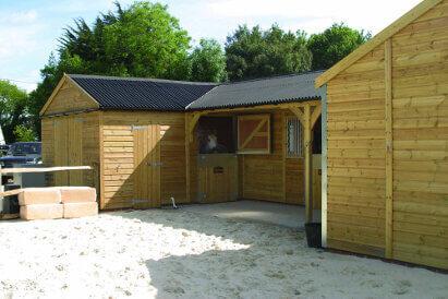 cheltenham-gold-stables (5)