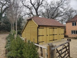 Triple mobile stable and double carriage barn